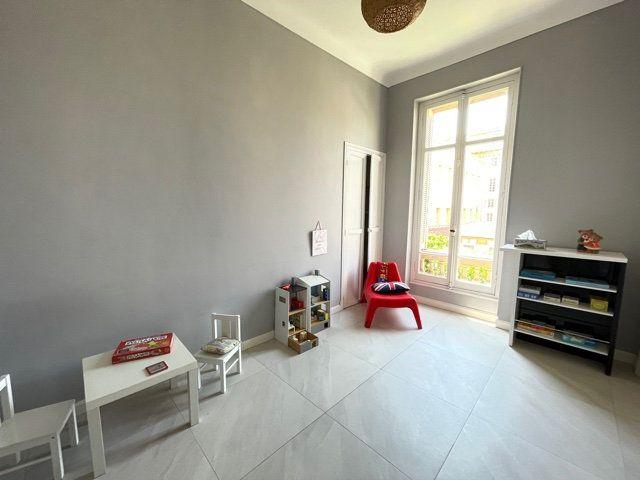 Appartement à vendre 4 108.2m2 à Nice vignette-13