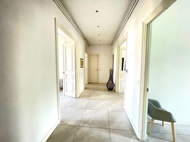 Appartement à vendre 4 108.2m2 à Nice vignette-17
