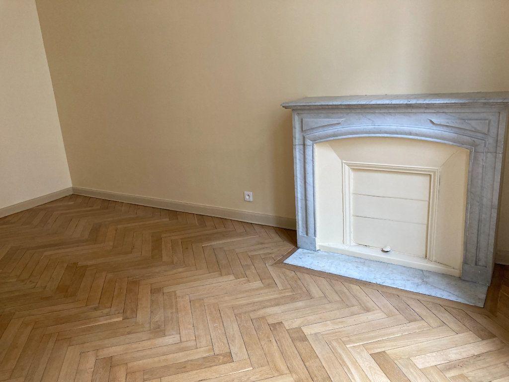 Appartement à louer 4 97m2 à Nice vignette-3