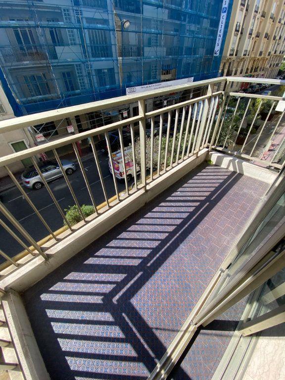 Appartement à louer 2 45.46m2 à Nice vignette-3