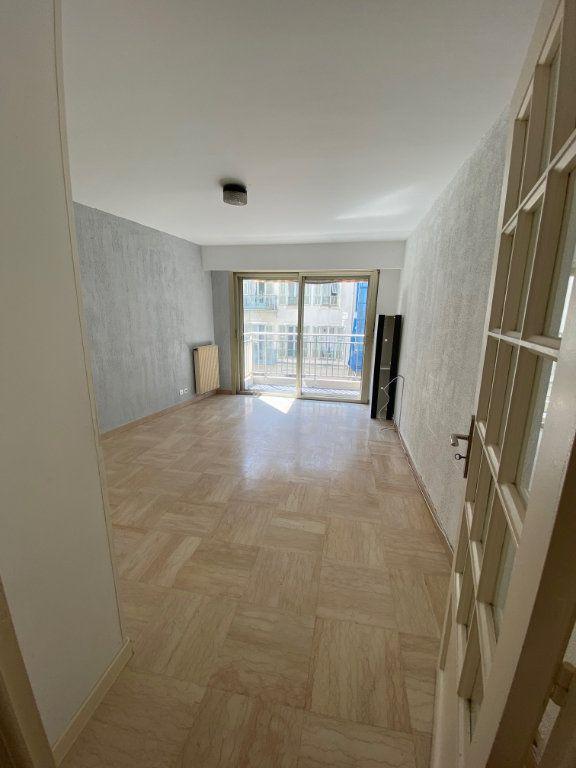 Appartement à louer 2 45.46m2 à Nice vignette-5