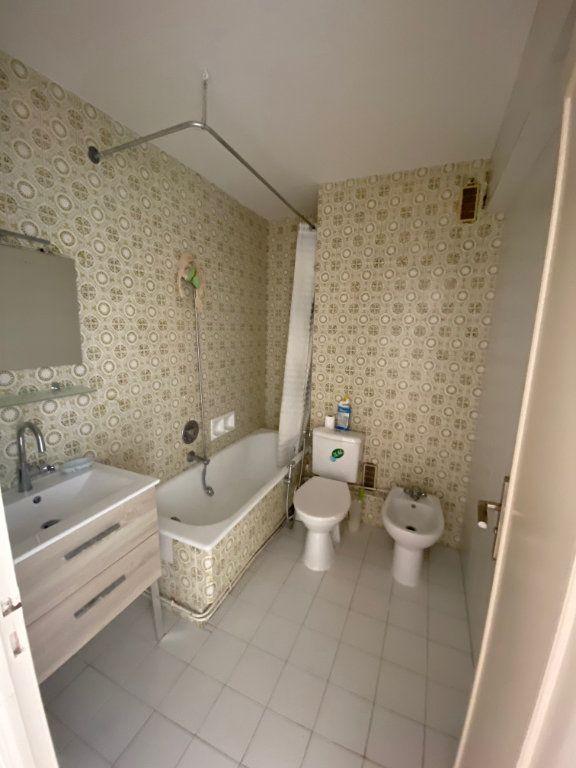 Appartement à louer 2 45.46m2 à Nice vignette-8