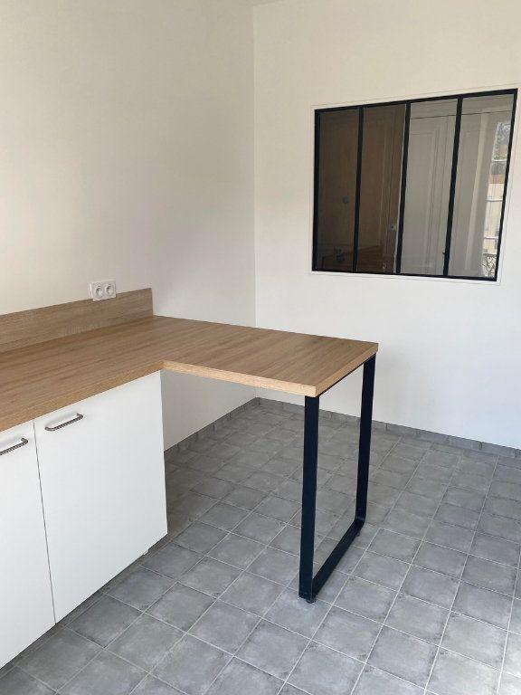 Appartement à louer 3 87.954m2 à Nice vignette-4