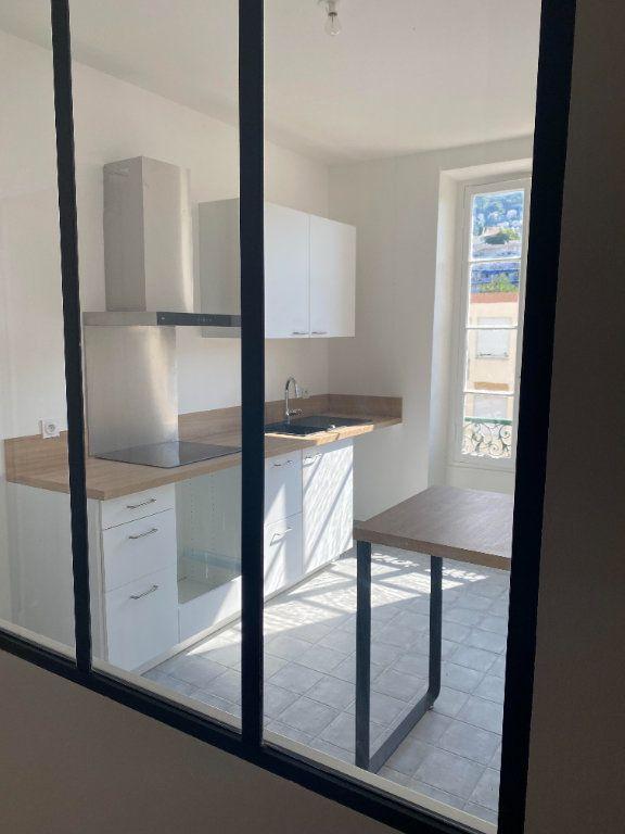 Appartement à louer 3 87.954m2 à Nice vignette-5