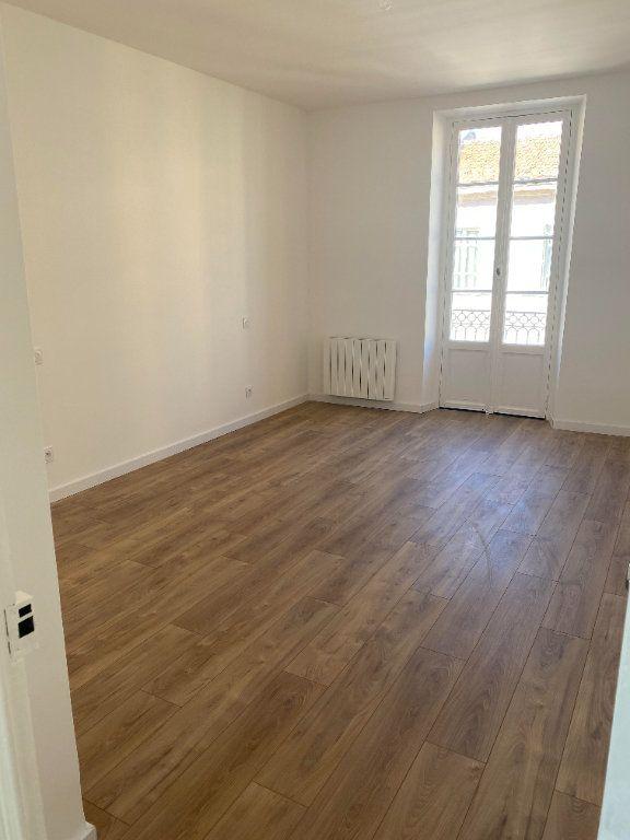Appartement à louer 3 87.954m2 à Nice vignette-7