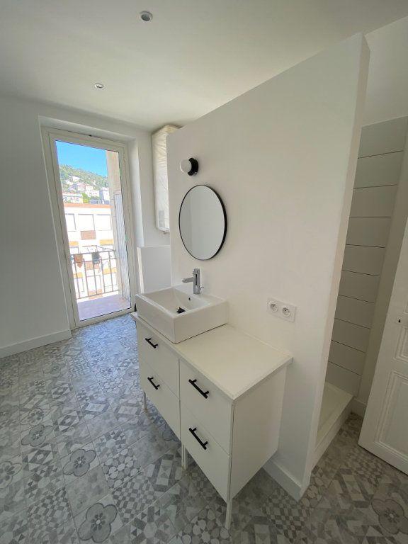 Appartement à louer 3 87.954m2 à Nice vignette-9