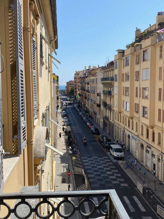 Appartement à louer 3 87.954m2 à Nice vignette-14