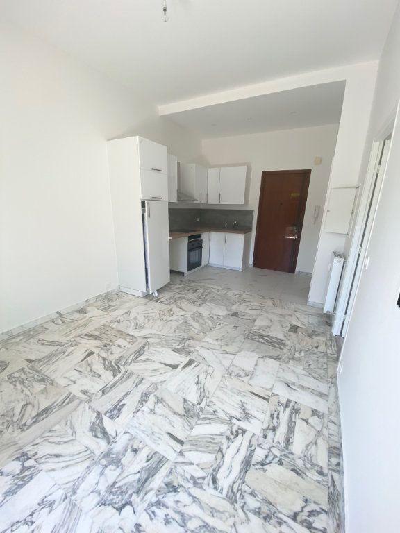 Appartement à louer 2 30m2 à Nice vignette-5