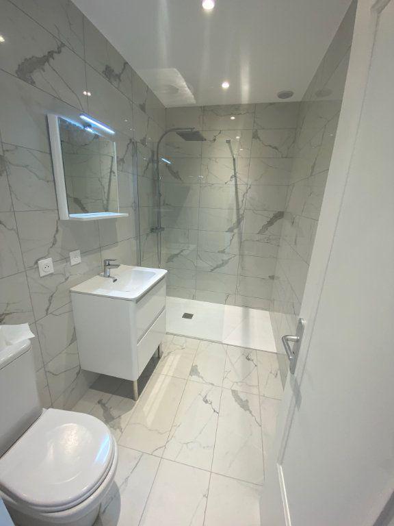Appartement à louer 2 30m2 à Nice vignette-8