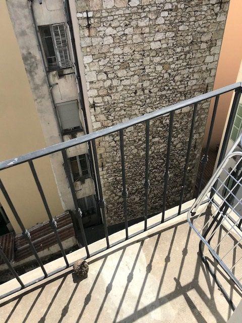Appartement à louer 1 15.5m2 à Nice vignette-6