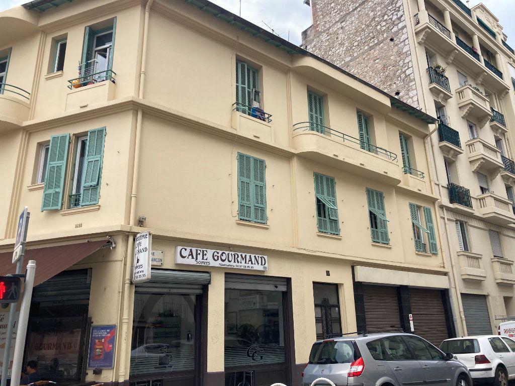 Appartement à louer 2 43.97m2 à Nice vignette-1