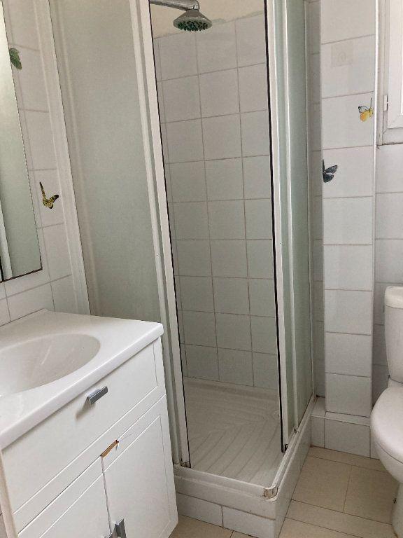 Appartement à louer 2 43.97m2 à Nice vignette-9