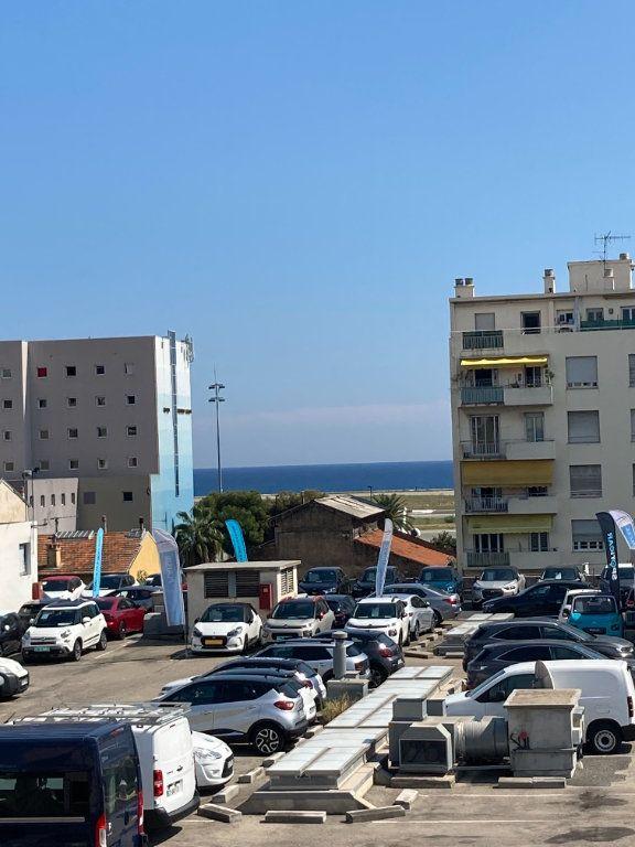 Appartement à louer 1 16.1m2 à Nice vignette-1