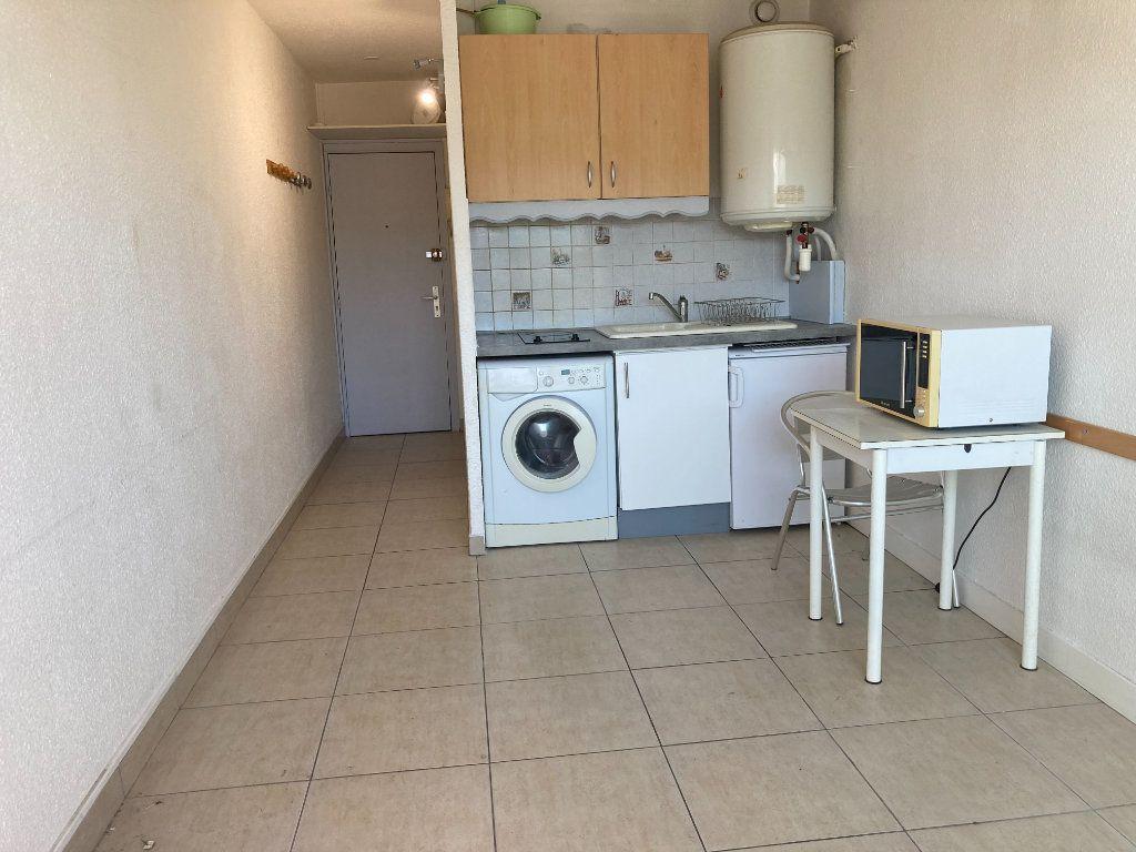Appartement à louer 1 16.1m2 à Nice vignette-3