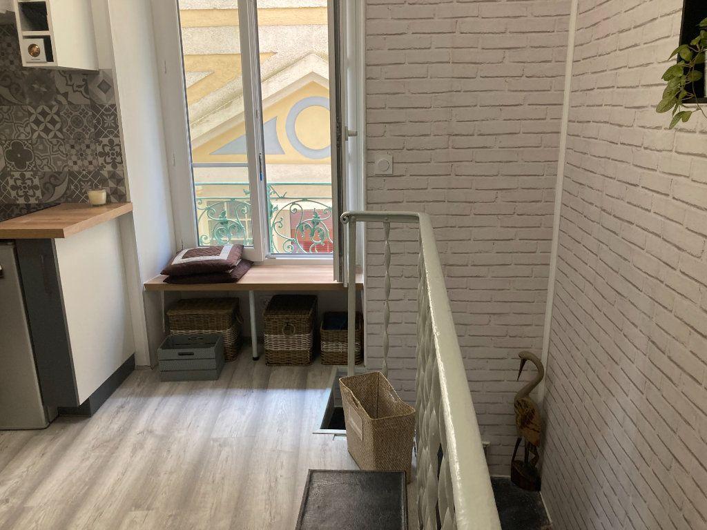 Appartement à louer 2 21m2 à Nice vignette-4