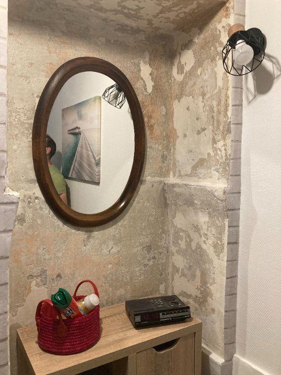 Appartement à louer 2 21m2 à Nice vignette-6