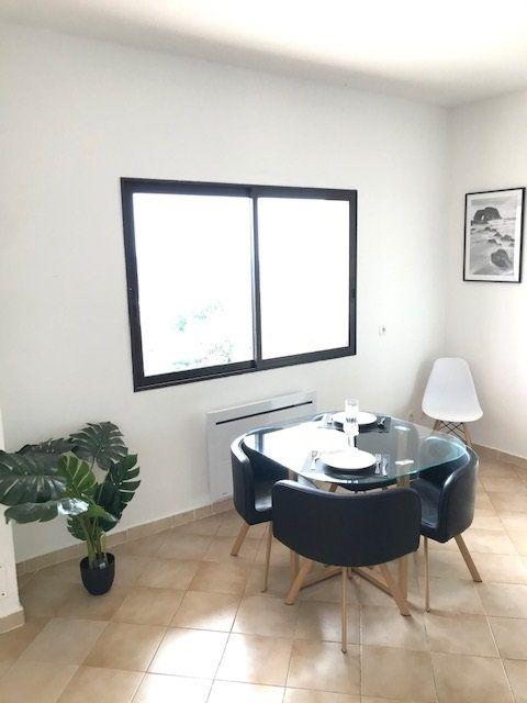 Appartement à louer 2 73.58m2 à Carros vignette-6