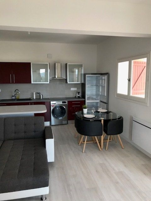 Appartement à louer 2 45.31m2 à Carros vignette-3