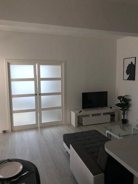 Appartement à louer 2 45.31m2 à Carros vignette-4