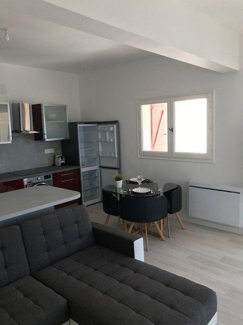 Appartement à louer 2 45.31m2 à Carros vignette-5