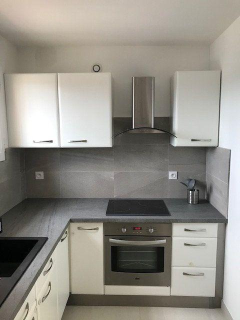 Appartement à louer 2 57.56m2 à Carros vignette-6