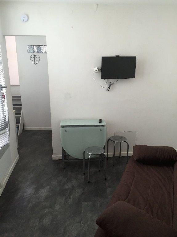 Appartement à louer 1 18.74m2 à Nice vignette-3