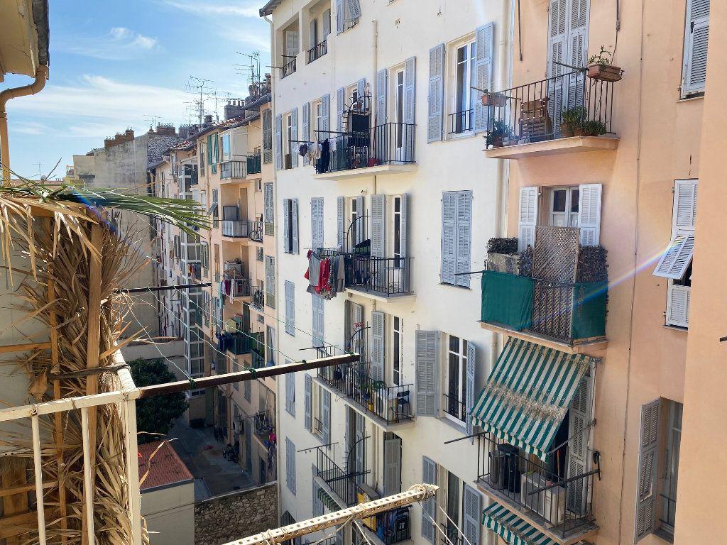 Appartement à louer 1 25m2 à Nice vignette-7