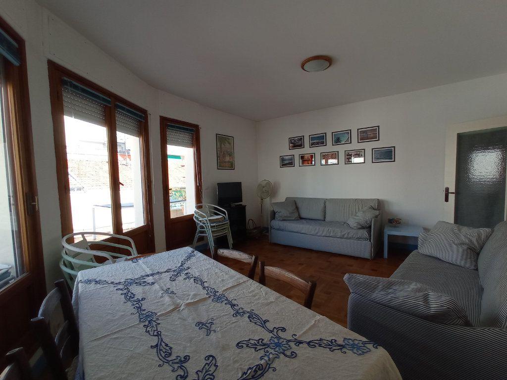 Appartement à louer 2 55.4m2 à Nice vignette-4