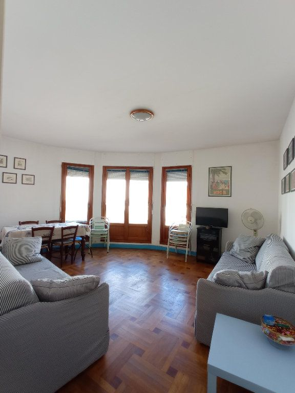 Appartement à louer 2 55.4m2 à Nice vignette-5