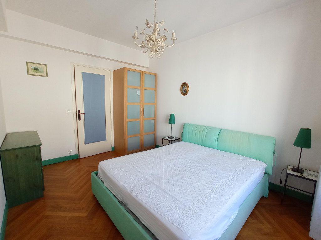 Appartement à louer 2 55.4m2 à Nice vignette-8