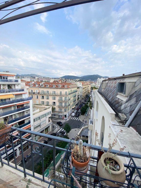 Appartement à louer 2 40.67m2 à Nice vignette-2