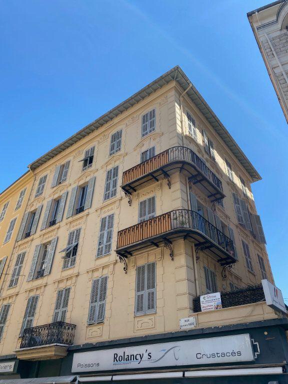 Appartement à louer 3 60.29m2 à Nice vignette-1