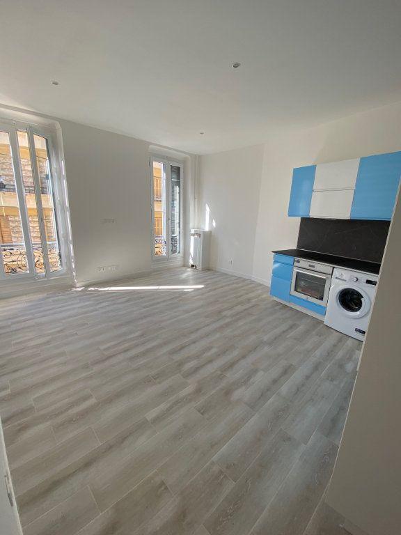 Appartement à louer 3 60.29m2 à Nice vignette-2