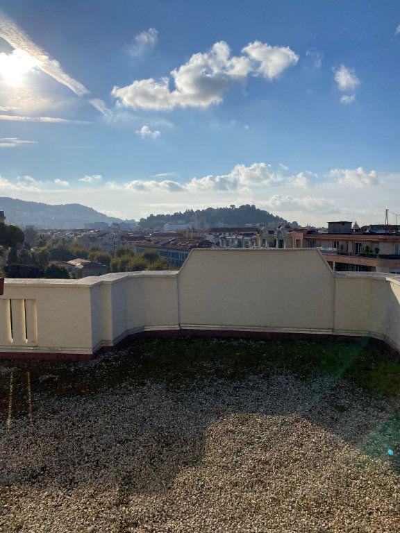 Appartement à louer 1 17.32m2 à Nice vignette-2