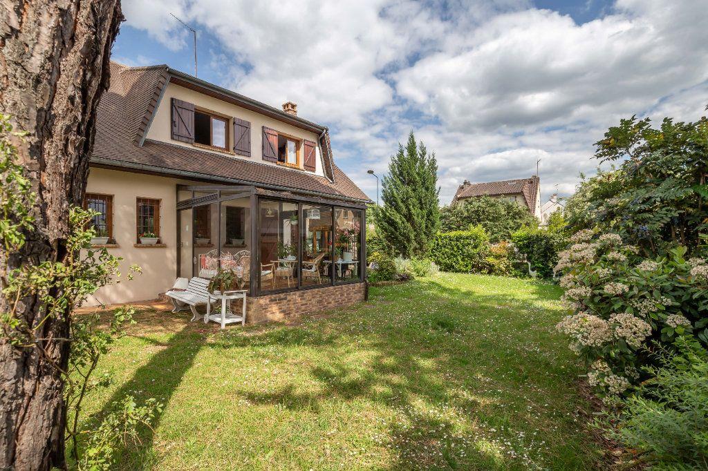 Maison à vendre 7 149m2 à Champigny-sur-Marne vignette-3