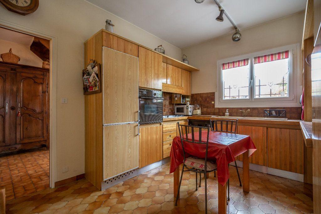 Maison à vendre 7 149m2 à Champigny-sur-Marne vignette-5