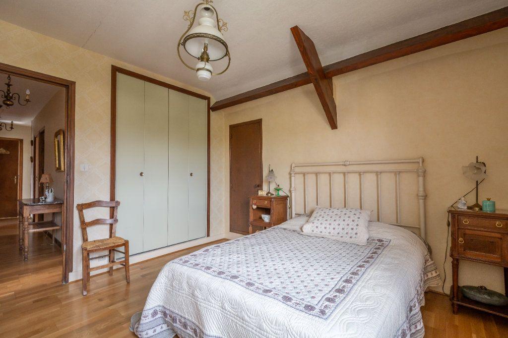 Maison à vendre 7 149m2 à Champigny-sur-Marne vignette-9