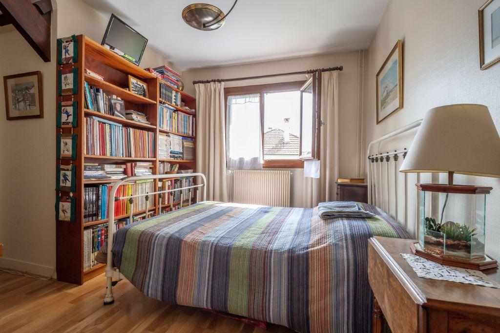 Maison à vendre 7 149m2 à Champigny-sur-Marne vignette-12