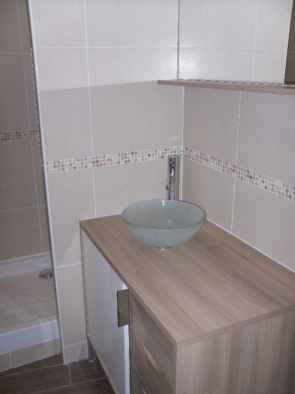 Appartement à louer 1 15m2 à Triel-sur-Seine vignette-6