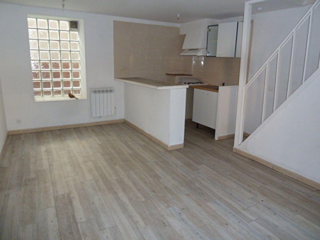 Appartement à louer 2 38m2 à Vaux-sur-Seine vignette-1