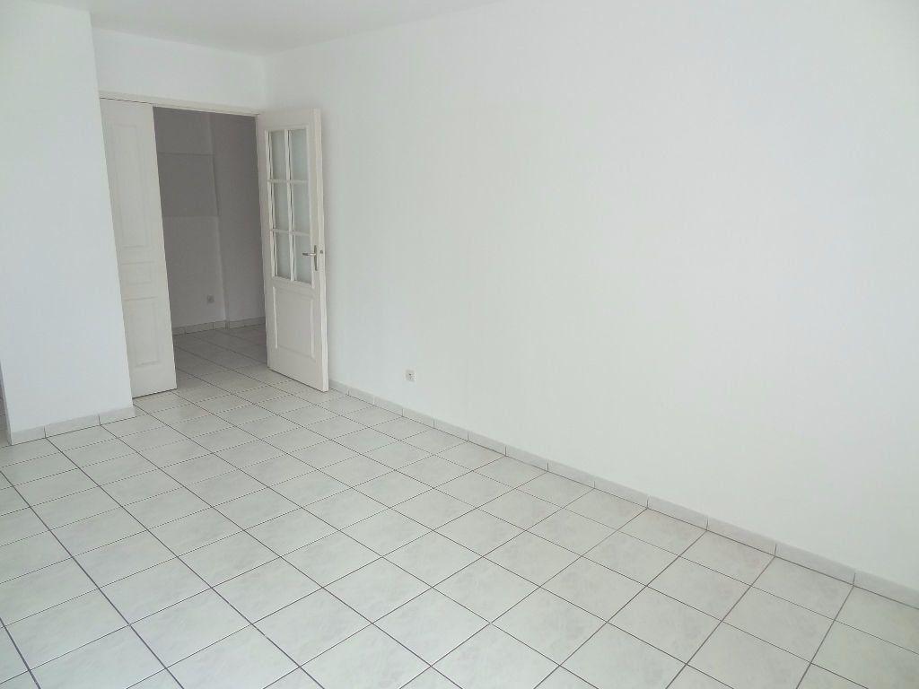 Appartement à louer 2 40m2 à Triel-sur-Seine vignette-3