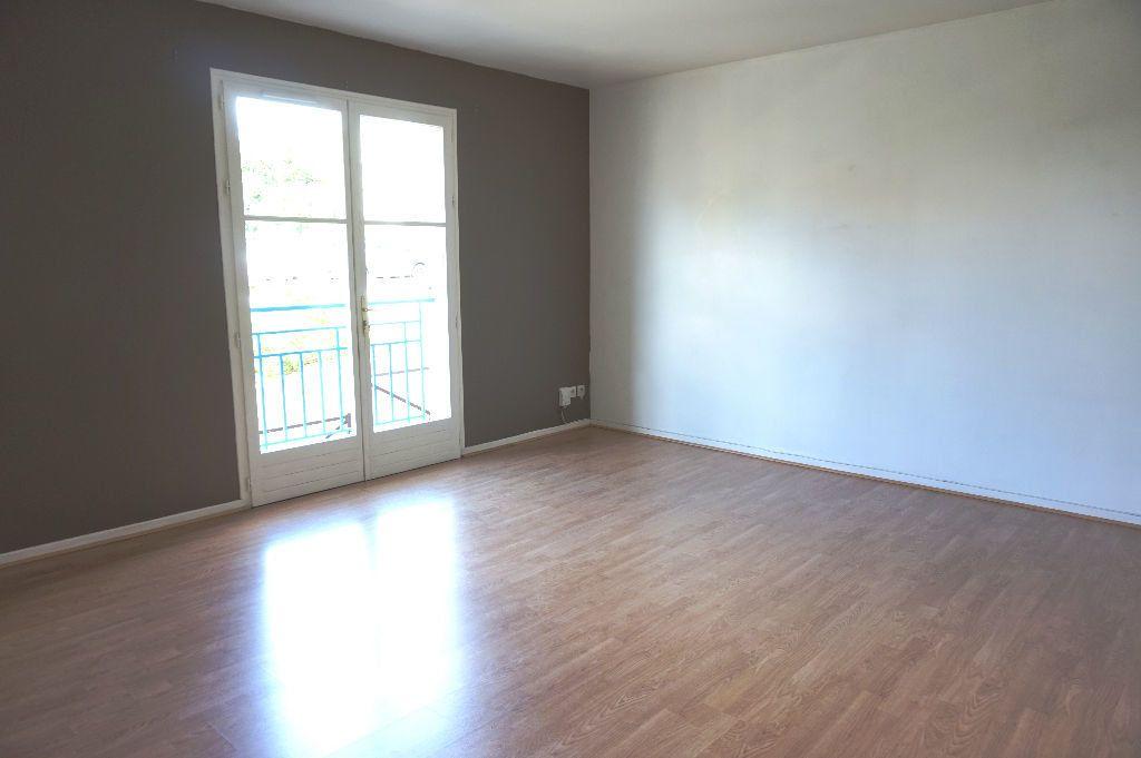 Appartement à louer 3 62.5m2 à Triel-sur-Seine vignette-2