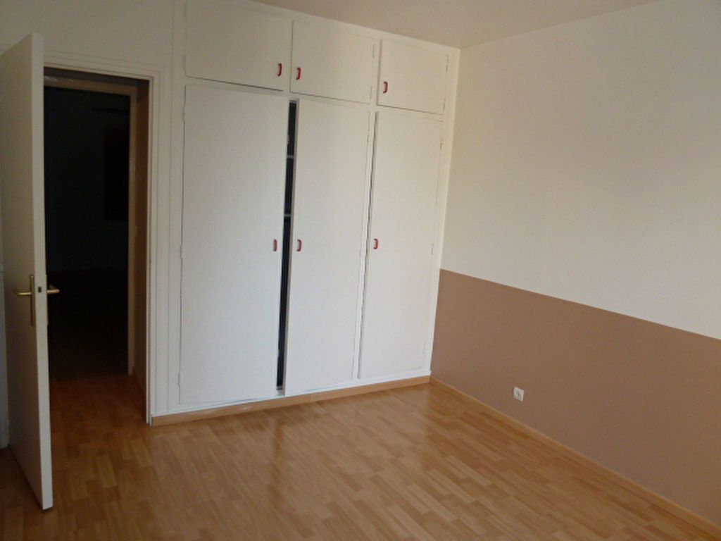 Appartement à louer 5 96m2 à Triel-sur-Seine vignette-11