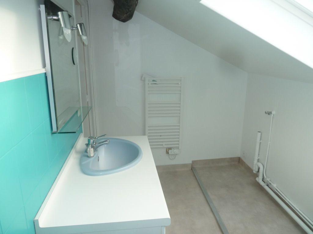 Appartement à louer 3 70.25m2 à Chanteloup-les-Vignes vignette-7