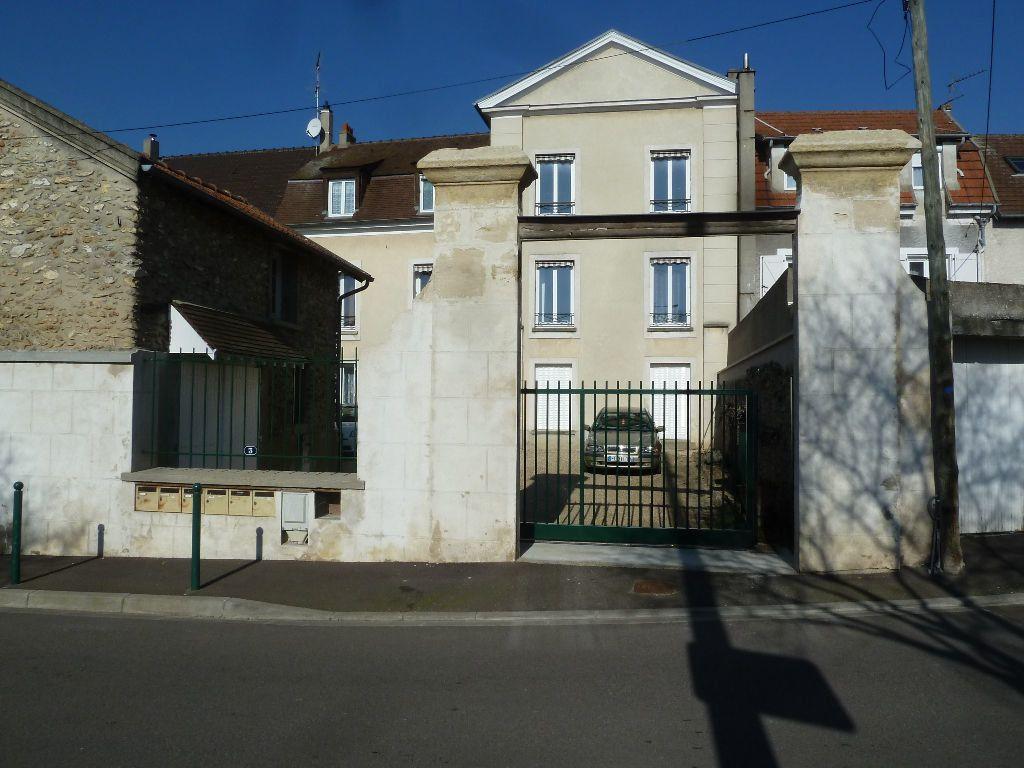 Appartement à louer 3 70.25m2 à Chanteloup-les-Vignes vignette-11