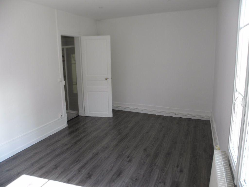 Appartement à louer 2 40m2 à Poissy vignette-3