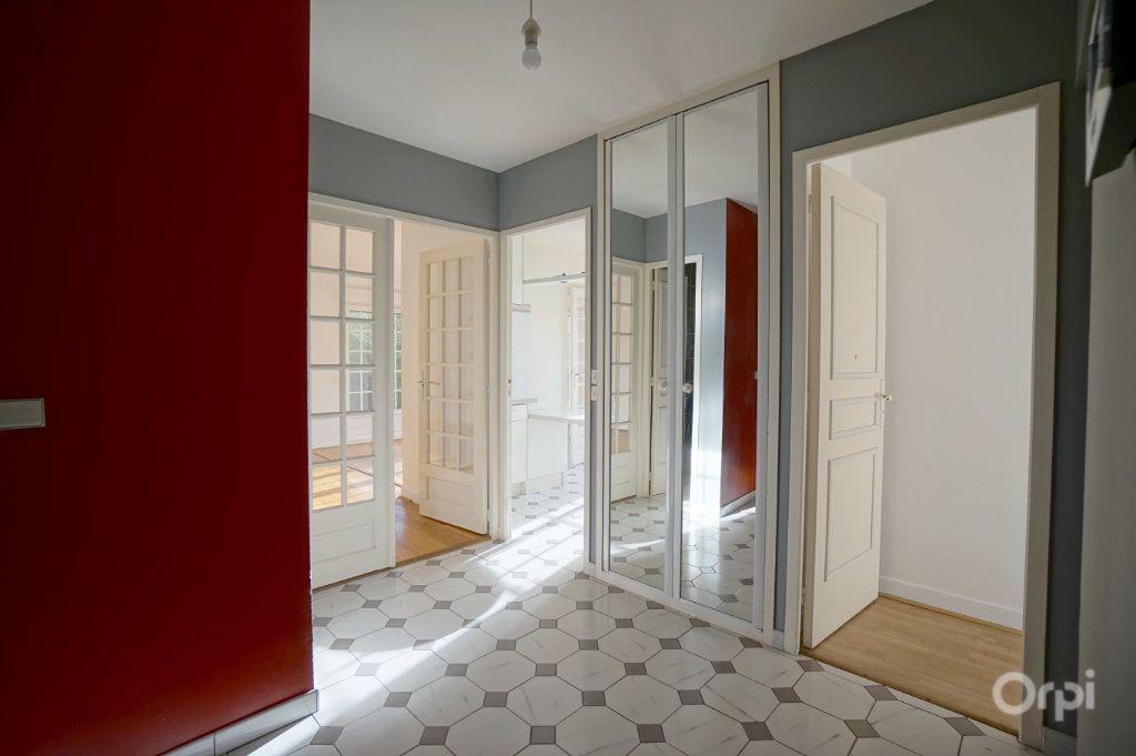Maison à vendre 8 178.36m2 à Triel-sur-Seine vignette-4