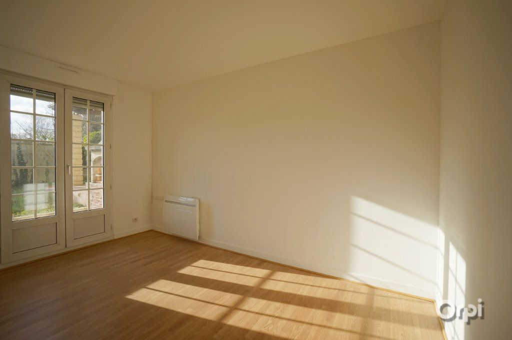 Maison à vendre 8 178.36m2 à Triel-sur-Seine vignette-5