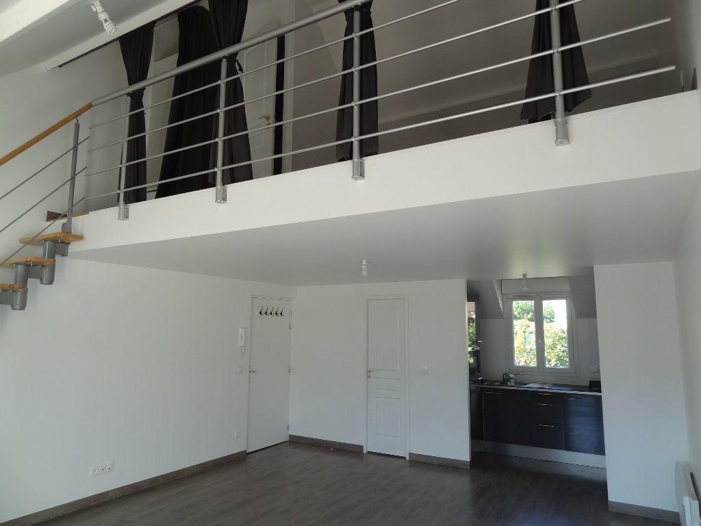 Appartement à louer 2 46.35m2 à Triel-sur-Seine vignette-1