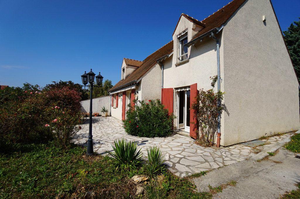Maison à louer 6 124m2 à Triel-sur-Seine vignette-11